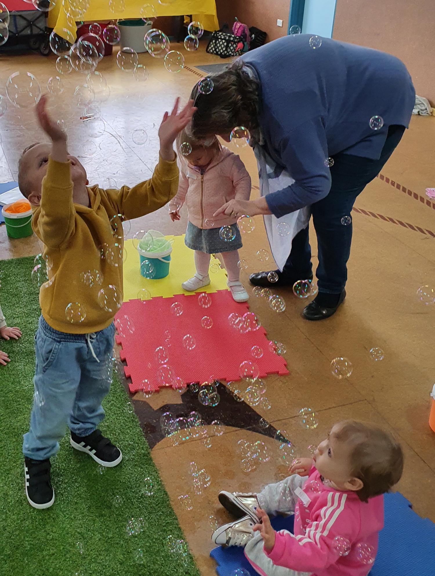 Mixed Moo - Bubbles are Fun